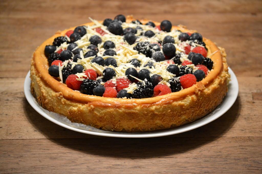 Witte chocolade cheesecake met zomerfruit foto 4