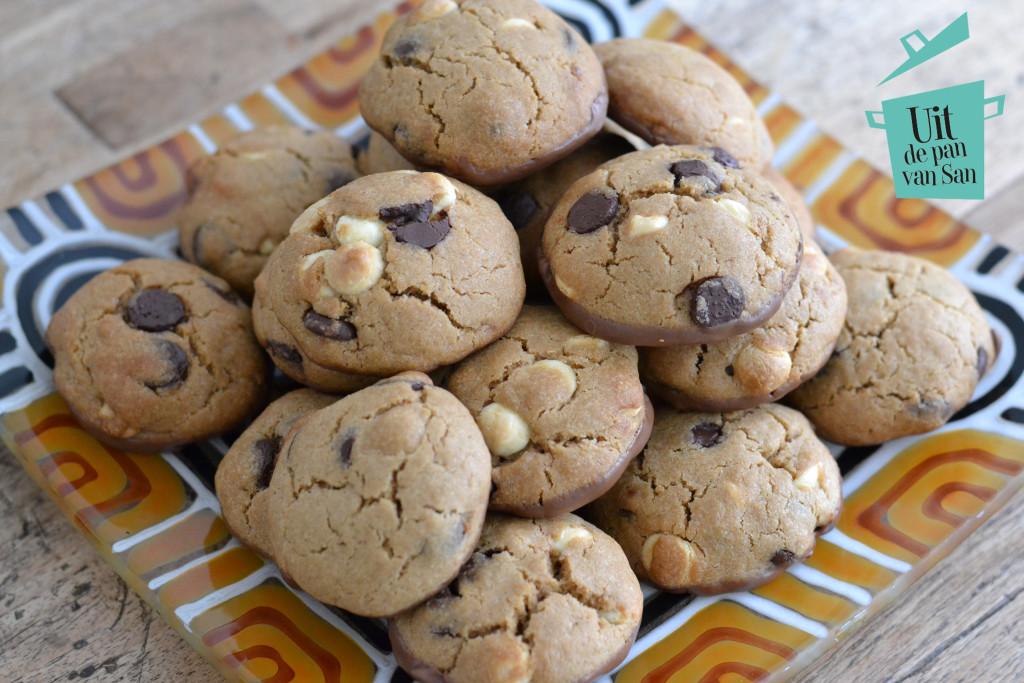 Triple chocolate cookies met logo