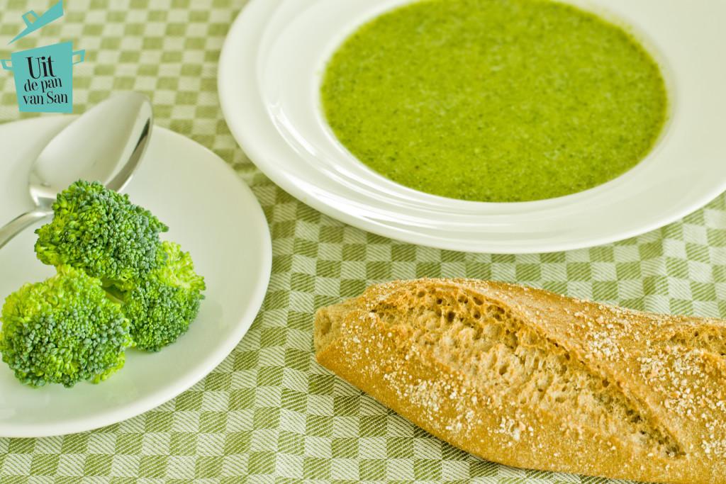 Broccolisoep-met logo