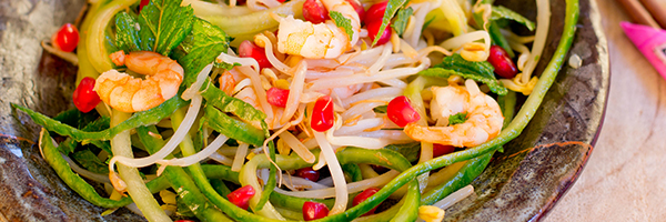 salade met warme garnalen