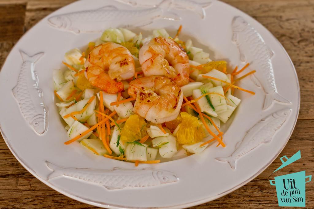 Venkel sinaasappel salade met garnalen met logo