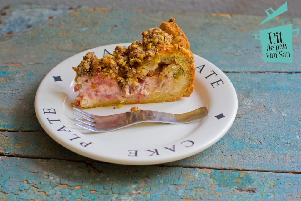 Rarbarber aardbei cheesecake crumble met logo
