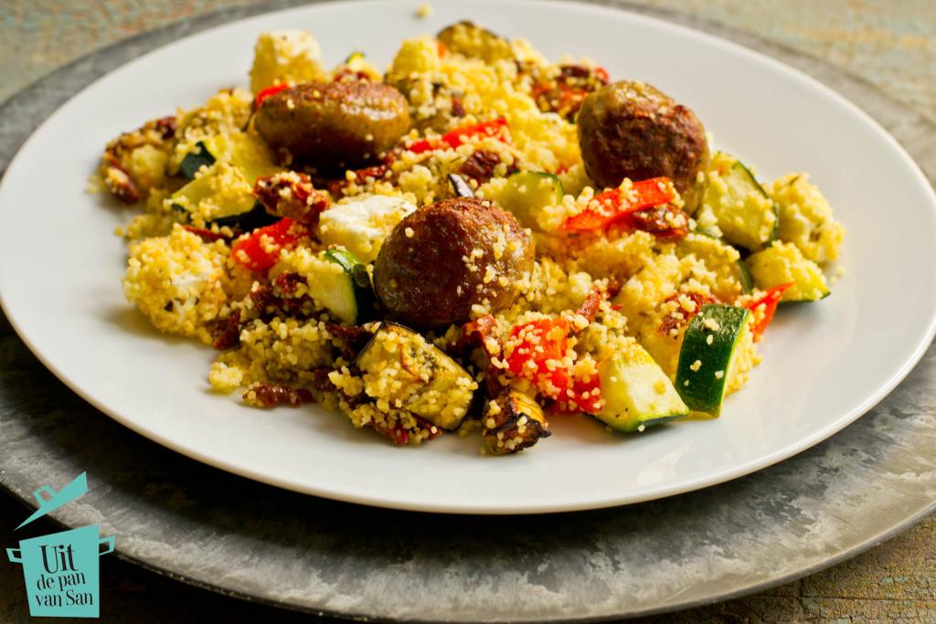 couscous met geroosterde groentes met logo