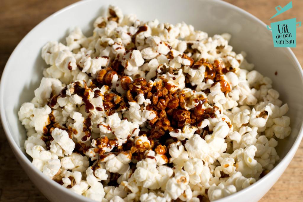 Karamel zeezout popcorn met logo