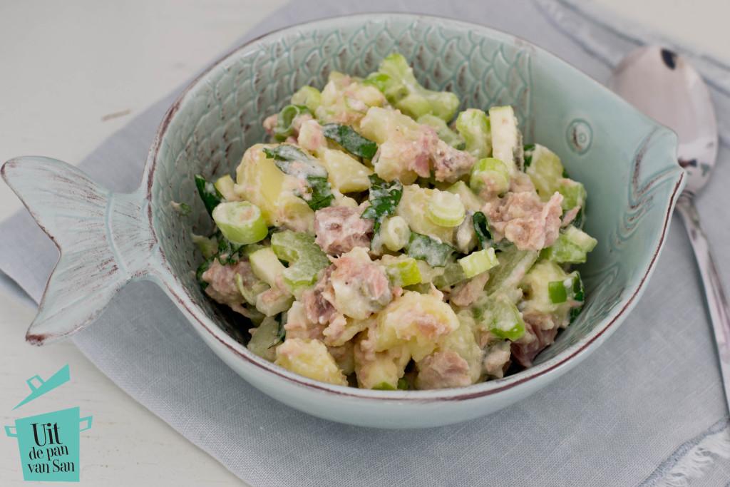 Zomerse aardappel tonijn salade met logo