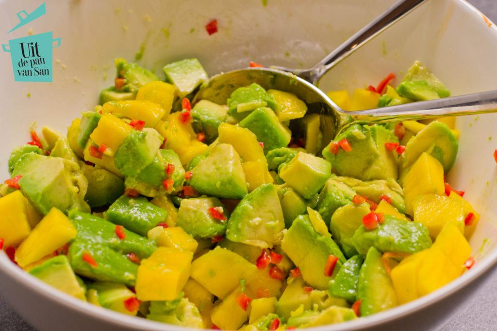 frisse-avocadosalade-met-logo