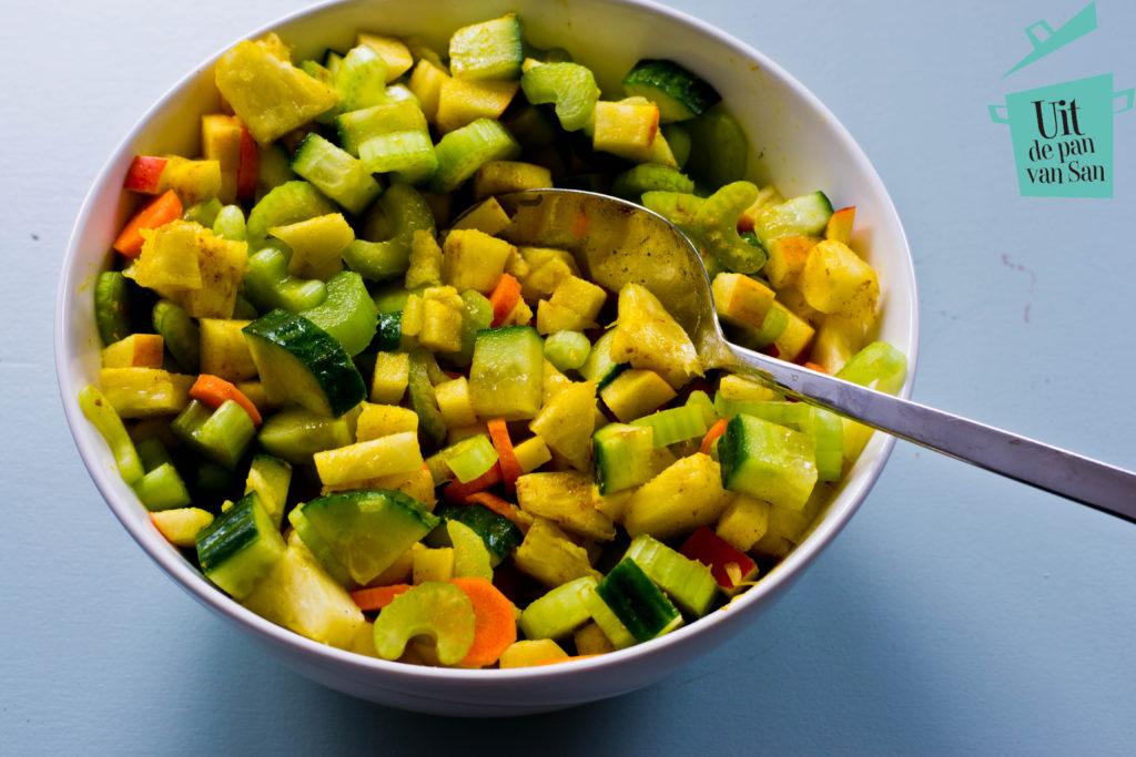 bleekselderij salade met logo