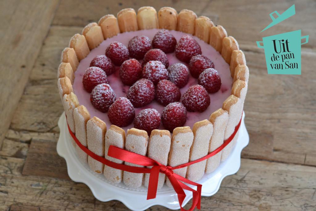 charlotte taart Charlotte russe met frambozen en praline + winactie   Uit de pan  charlotte taart